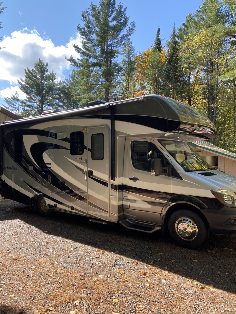 Photo 2015 Forest River SUNSEEKER 2400MBS $87000
