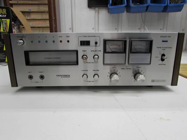 Photo vintage stereo equipment pioneer-onkyo-centrex (Hancock)