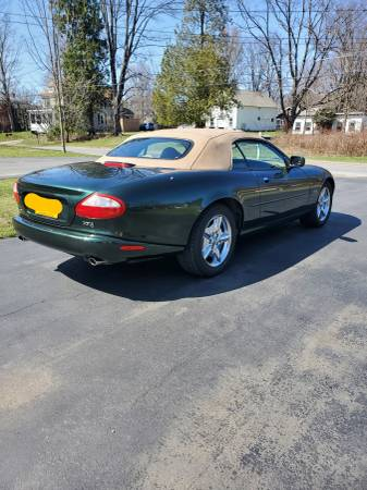 Photo 1997 Jaguar XK8 Convertible - $20,000 (Rome)