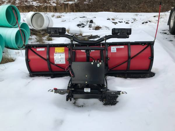 Photo 2019 Boss Poly snow plow - 7396 straight blade - $3250 (HOLLAND PATENT)