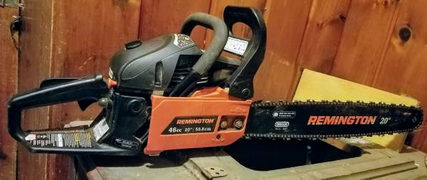 Photo 20quot Chainsaw. Used once, chain is sharp. Part of an estate Can deliver - $143 (Near Rome)