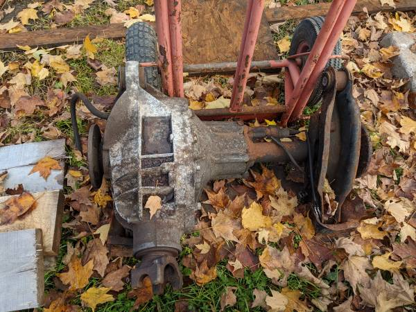 Photo 454 gear ratio front differential 88-98 Chevy K30 - $300 (Ilion)
