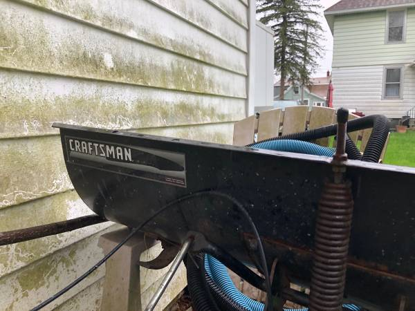 Photo Craftsman mower plow - $70 (Utica)