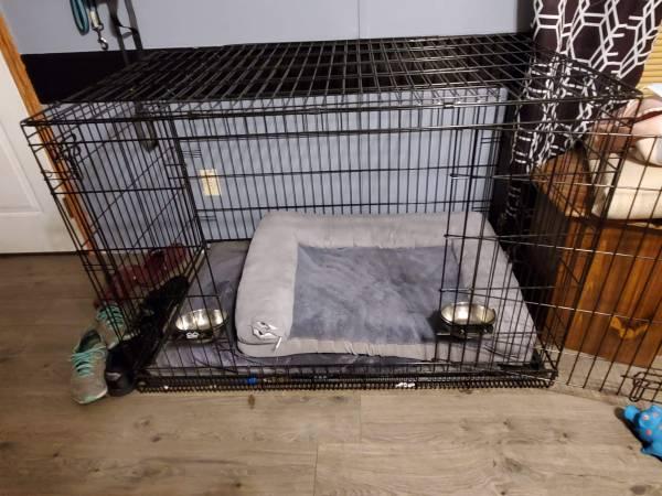 Photo Dog crate - $50 (Ilion)