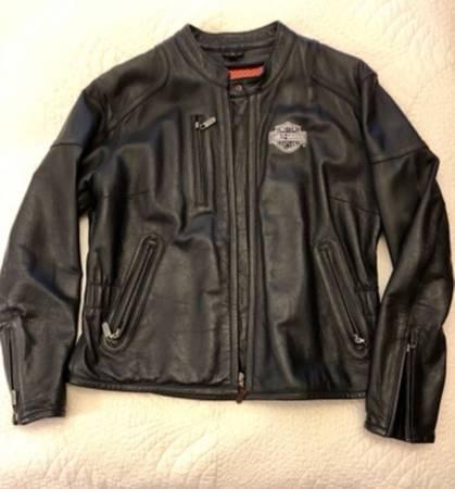 Photo Harley Davidson Womens Leather Jacket - $125 (Holland Patent)