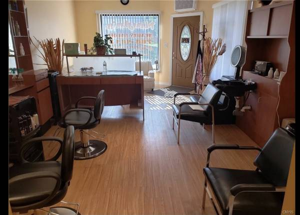 Photo Turn-key Hair  Beauty Salon (Utica)