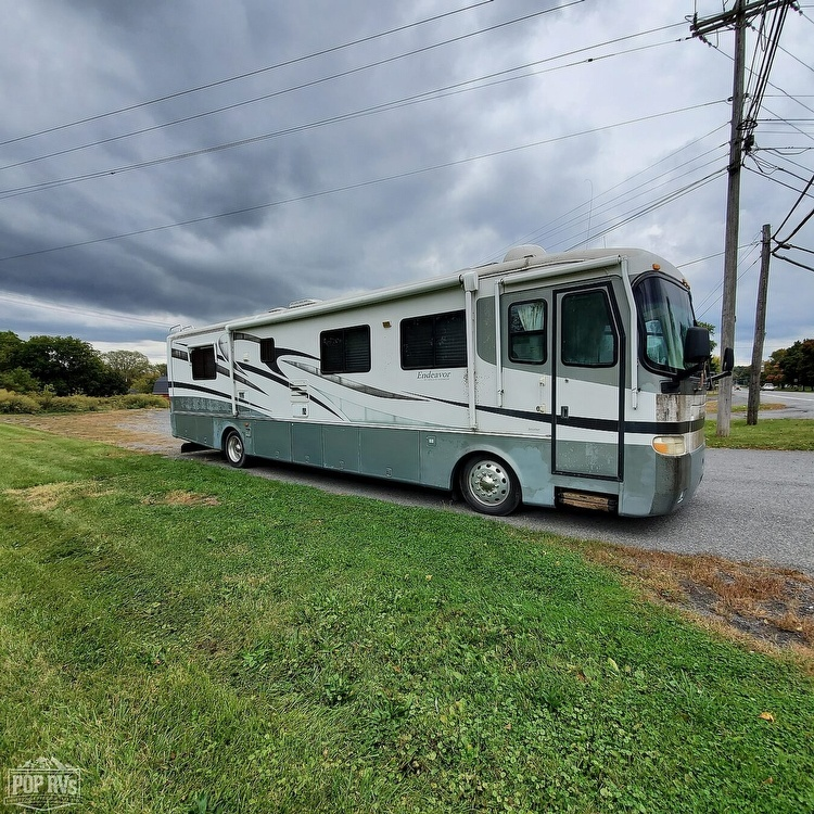Photo 2001 Holiday Rambler Endeavor 36PWD $ 32900  Make an Offer