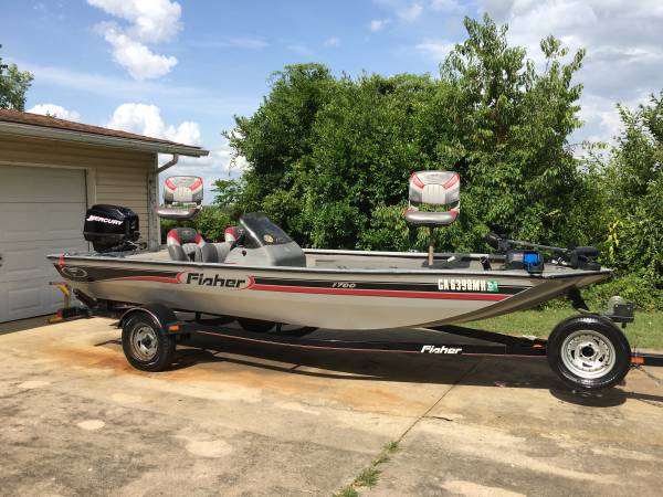 Photo 2003 fisher 1700 bass boat - $7,800 (Sylvester)