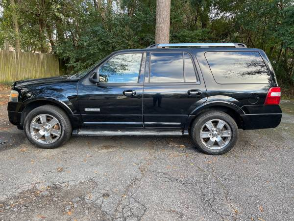 Photo 2008 Ford expedition 4x4 limited EL third row seat - $6,500 (Thomasville)