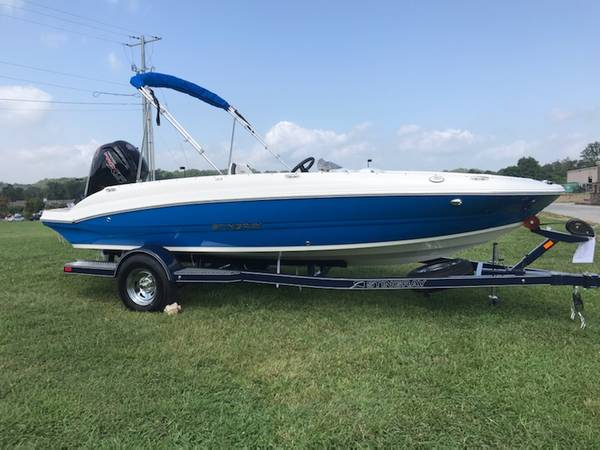Photo 2020 Stingray 182SC Deck Boat REDUCED - $1 (CALL OR TEXT DANIEL 706-280-7377)