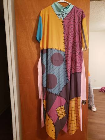 Photo DISGUISE Nightmare Before Christmas Sally Halloween Costume size XL - $30 (Gainesville)