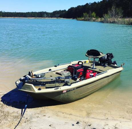 Photo Mini Bass Boat with trailer and outboard $3000 obo - $3,000 (Valdosta)