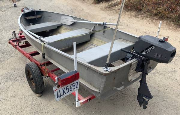 Photo 12ft Aluminum Boat  Trailer with 3.5 HP Nissan Outboard Runs Great - $1,500 (Simi Valley)