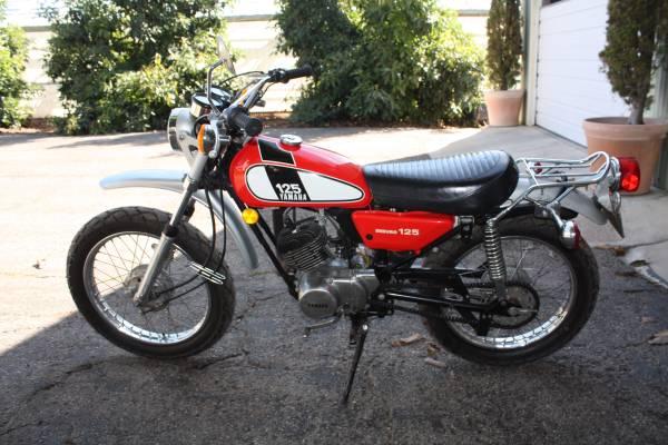 Photo 1975 Yamaha DT 125 plated (Carp, Ventura)