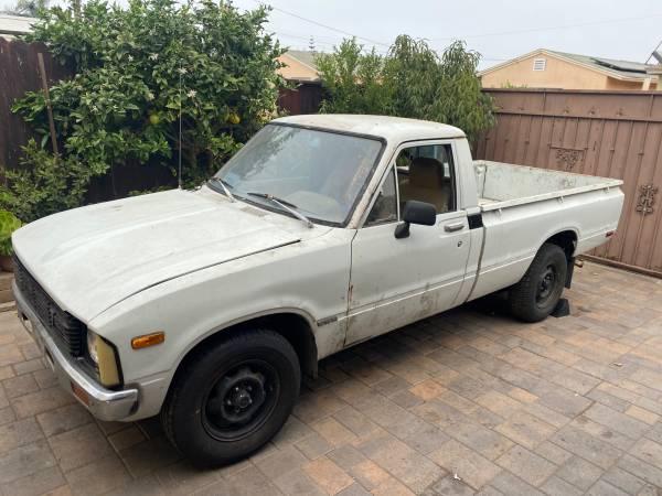 Photo 1980 Toyota Pickup - $3,000 (Oxnard)