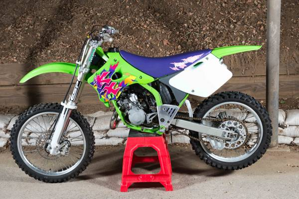 Photo 1994 Kawasaki KX 125 kx125 good condition  - $2,400 (THOUSAND OAKS)