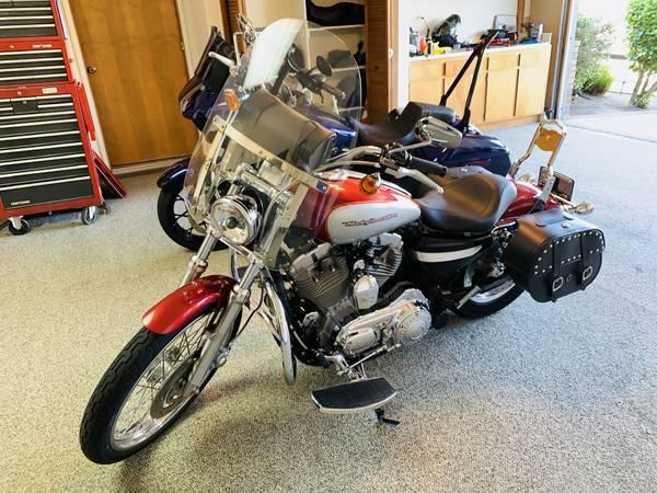 Photo 2004 Harley-Davidson XL883C Sportster Custom - 6k OBO - $6,000 (Newbury Park)