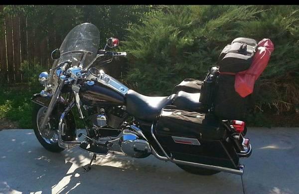 Photo 2005 Harley Davidson Road King - $8,000 (Ojai)