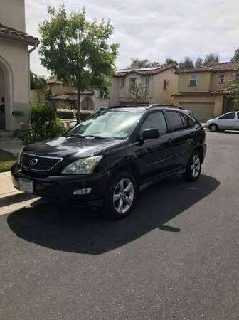 Photo 2005 Lexus RX330 in good condition and clean - $4,500