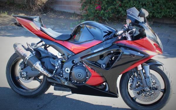 Photo 2007 Suzuki GSXR-1000 - $6,000 (Thousand Oaks)