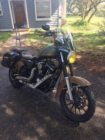 Photo 2014 Harley Iron 883 - $4,000 (Santa Paula)