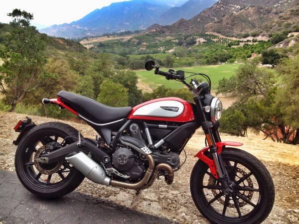 Photo 2015 Ducati Scrambler Icon Ducati Red 803 CC - $6,495 (Ventura)