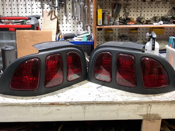 Photo 96-98 Mustang Taillights - $40 (Oxnard)