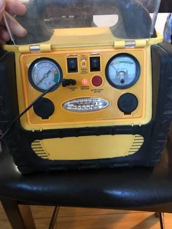 Photo AC  DC Portable Power Source that also can jump a car and has air too - $80 (Granada Hills San Fernando Valley)