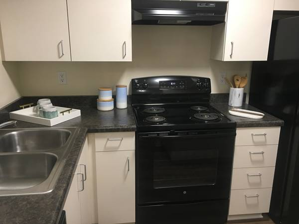 Photo AMAZING MOVE IN SPECIALS, UPGRADED APARTMENTS WITH WASHERDRYER (6250 Telegraph Rd. Ventura, CA)