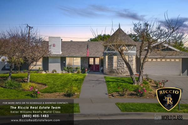 Photo Beautiful Single-Story Home (Thousand Oaks, CA)