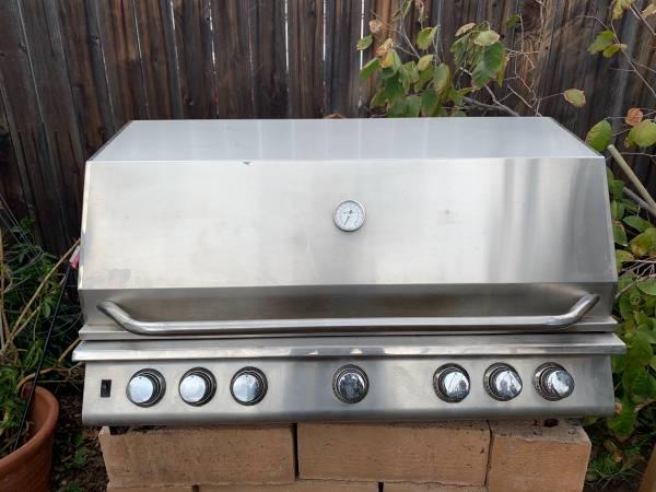 Photo Cal Flame Island BBQ Grill - $450 (Camarillo)
