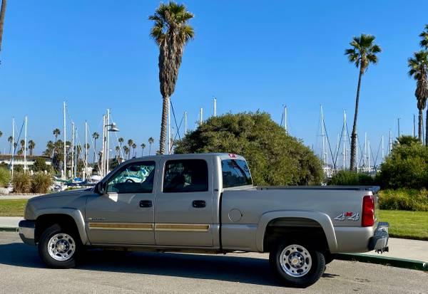 Photo Chevrolet Silverado 1500 HD LS Crew Cab - $16000 (Ventura County)