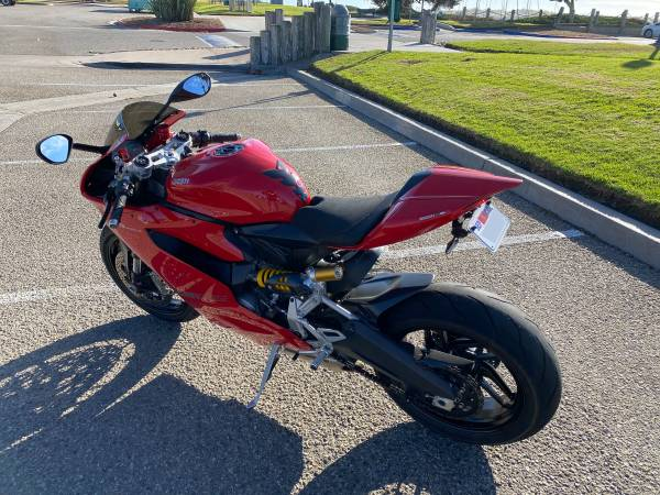 Photo Ducati 899 Panigale - $9,999 (Ventura)