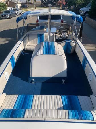 Photo Eliminator ski and wakeboard boat - $13,000 (Ventura)