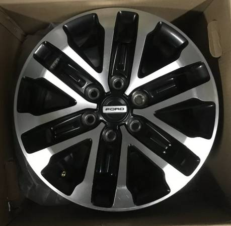 Photo Ford raptor wheels - $400 (Ventura)