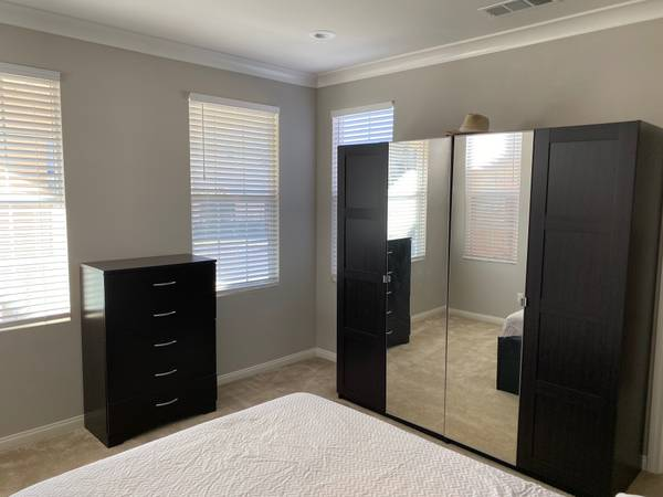 Photo Funished Room for Rent in New Luxury New Home close to Ventura Beach (Ventura)
