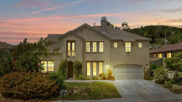 Photo Gorgeous Home For Sale In Simi Valley (Simi Valley)