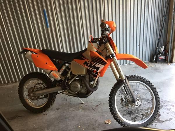 Photo KTM dirt bike - $4,200 (Thousand Oaks)