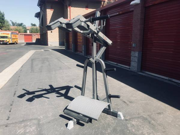 Photo Leverage squat and calf machine ByTufStuf workout  gym equ. weights - $450 (Simi  T.O.)