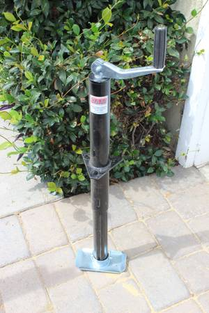 Photo RAM 2000 lb. Capacity A-Frame Trailer Jack - $20 (Camarillo)