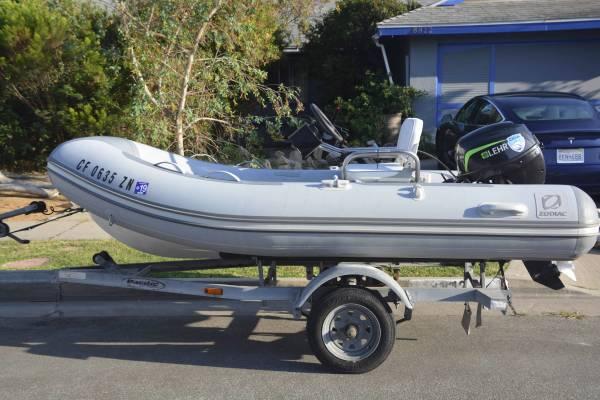 Photo Rigid Inflatable Boat, Zodiac - $6,500 (Ventura)