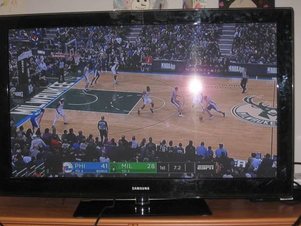 Photo Samsung 50 inch Plasma TV - $150