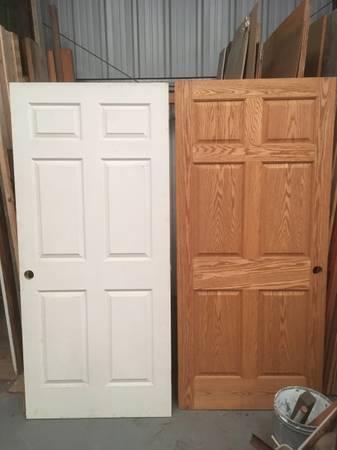 Photo Solid pre-hung 6 panel interior door. - $110 (Moorpark)