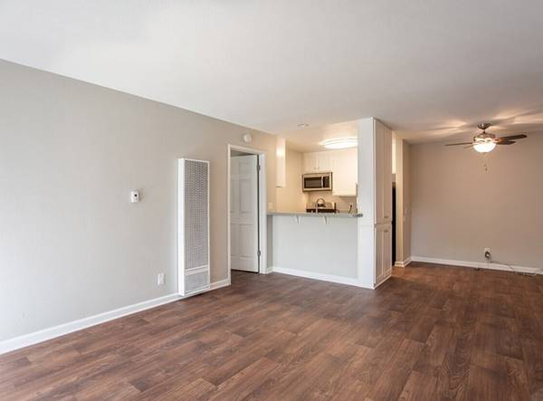 Photo Three Laundry Rooms, Disposal, Air Conditioner (Thousand Oaks)