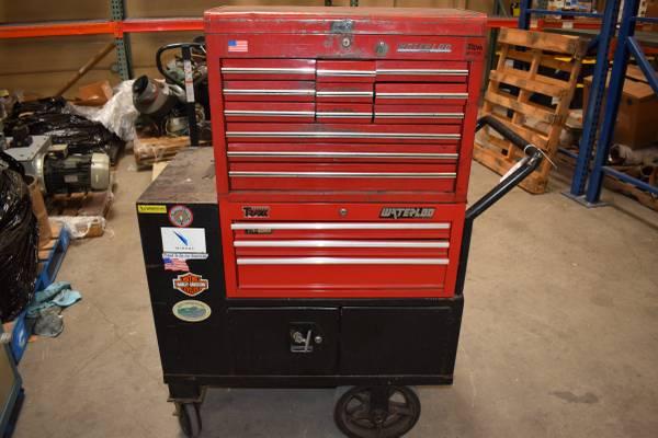 Photo Waterloo Rolling Tool Cart Tool Boxes, Industrial - $150 (Ventura)