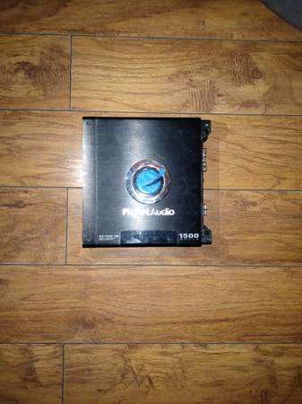 Photo 1500 Watt Planet audio lifier - $65 (Yorktown)