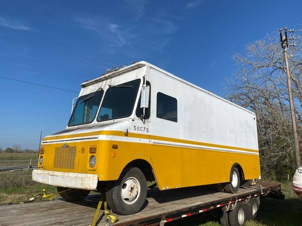 Photo 1978 Chevy Step Van - Bread Truck - $2,100 (Shiner)