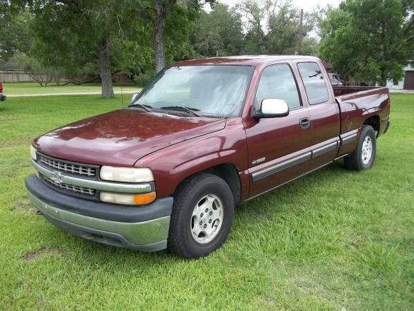 Photo 2002 Chevy Silverado 4dr X-cab - $7,995 (Victoria, Texas)