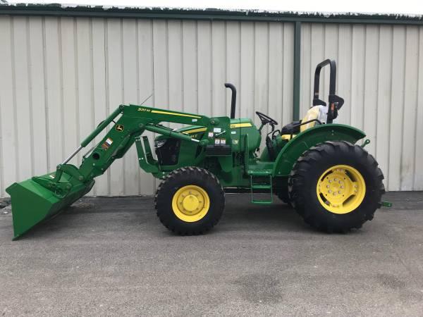 Photo 2020 John Deere 5045E Utility Tractor - $31499 (KENEDY)