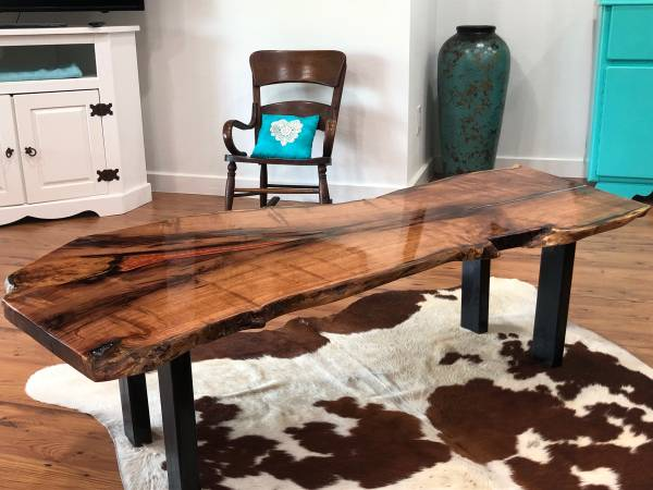 Photo Large mesquite coffe table with burnt orange and pearl white inlay and black met - $1,200 (Victoria)